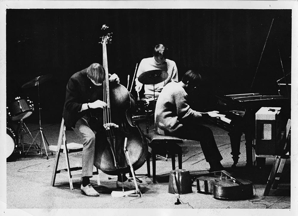 Svein Finnerud Trio. Foto: Arthur Sand. Utlånt fra Najonalbiblioteket