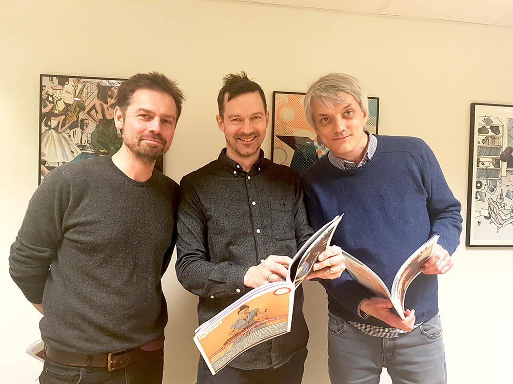 Redaktør Rob Young flankert av designer Nick Alexander (til venstre) og redaksjonsmedlem Audun Vinger. Foto: Camilla Slaattun Brauer